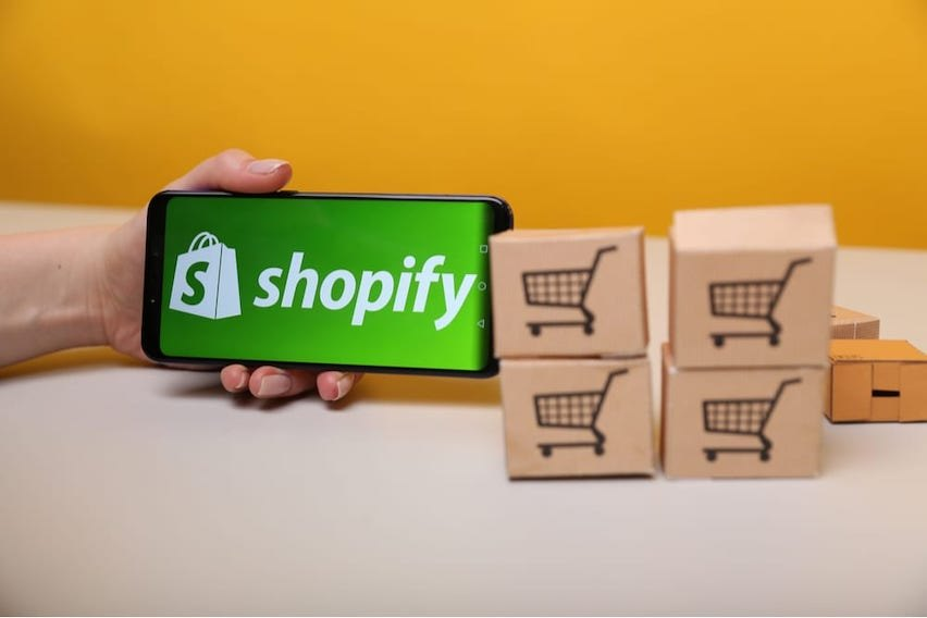 Shopify Jobs: How to Work for the E-Commerce Company
